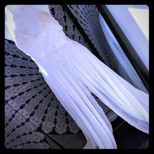 Stunning white dress